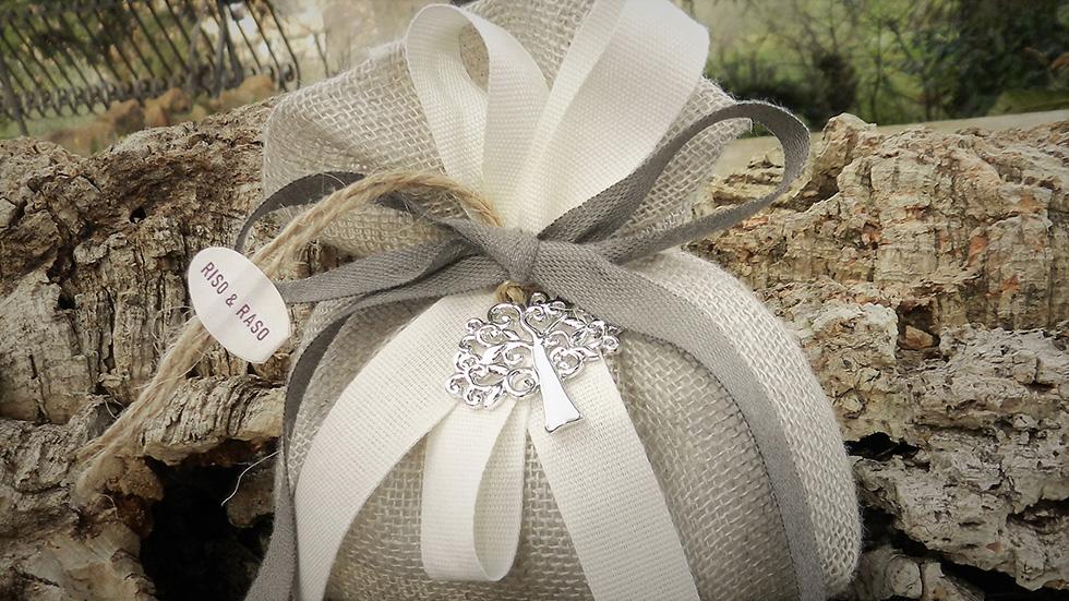 sacchetto lino naturale con ciondolo albero della vita