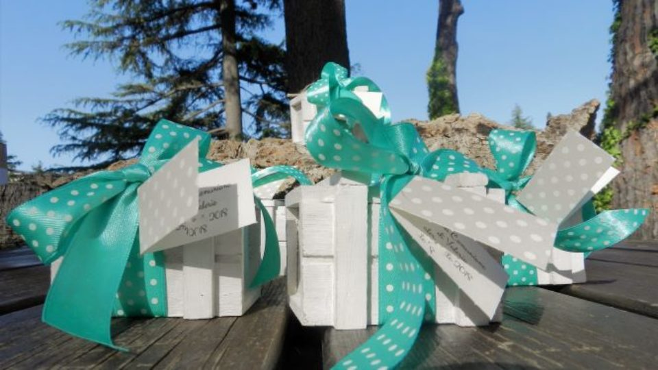 blog – forzieri in legno portaconfetti tiffany