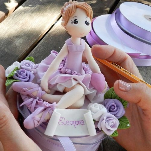 Cake Topper 3 Bimba Ballerina seduta gambe piegate